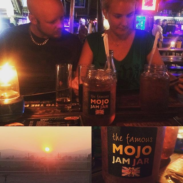 Sharing food, drinks & laughter with likeminded people! #keyznking #overlanding #livelifetothefullest #africa